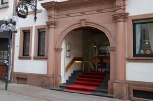 Zur Burg Kaiserslautern